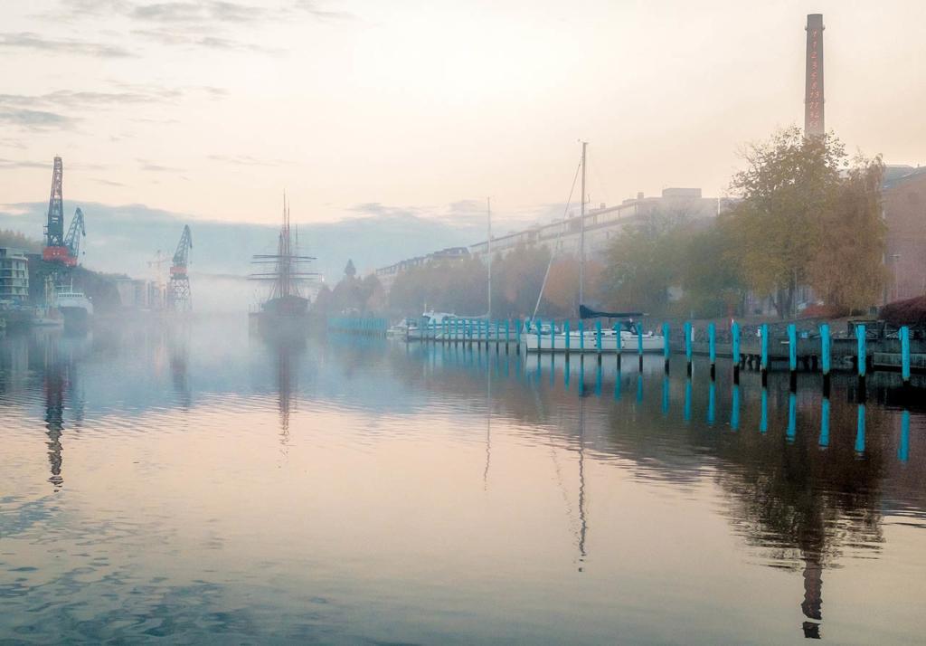 Vesa Loikkaan valokuva Turusta, October Morning