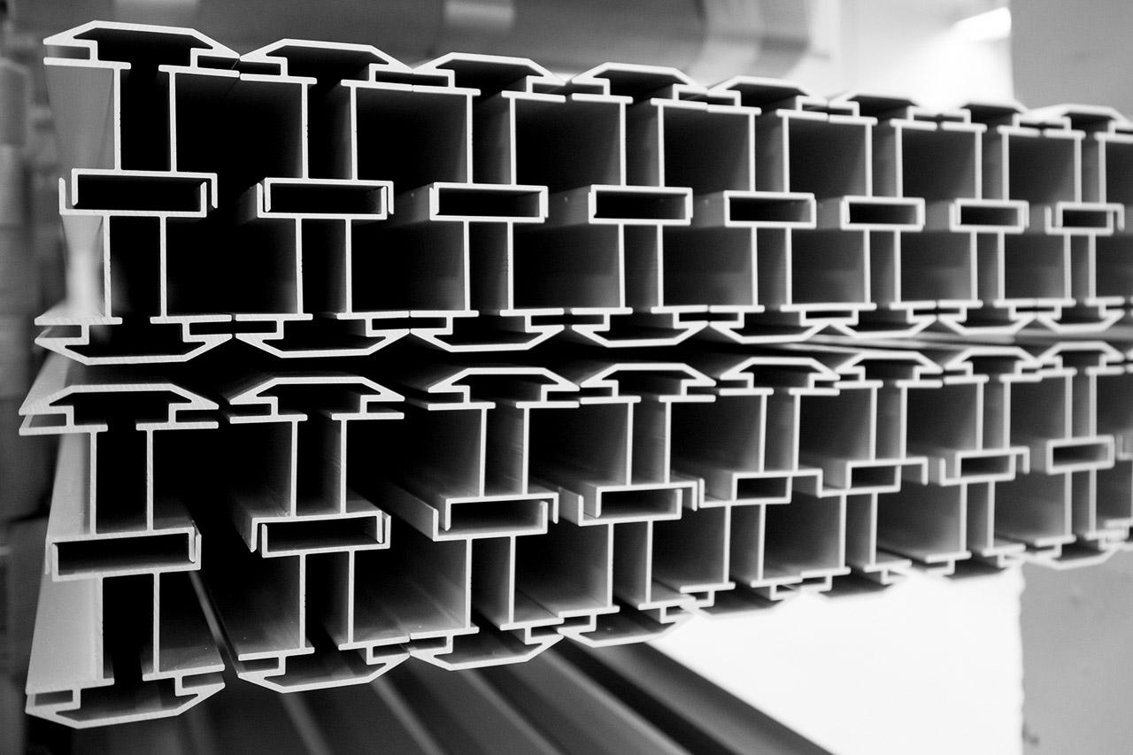 frame akustiikkataulun alumiiniprofiilia